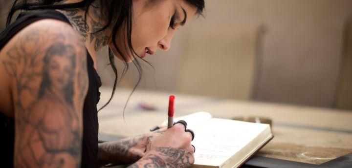 sephora-x-kat-von-d-rencontre-avec-la-star-americaine-du-tatouage_exact1900x908_l